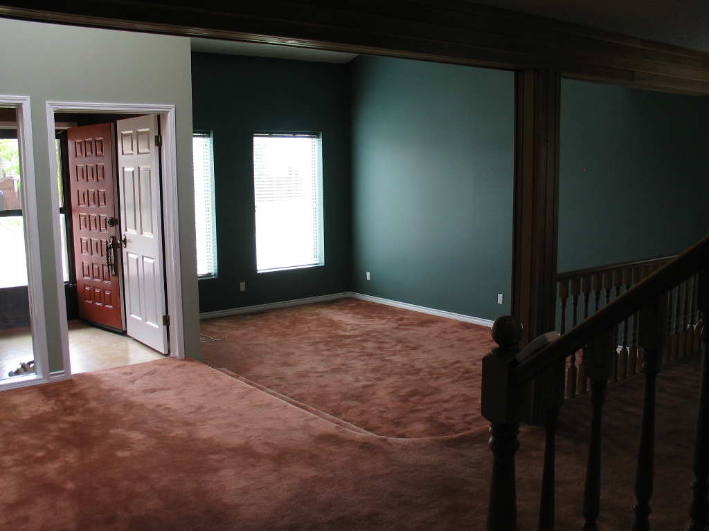 Sunken Living Room Front Entry And Sr Landing Yummy Chocolate Carpet